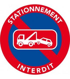 Stationnement interdit car menace de mise en fourrière
